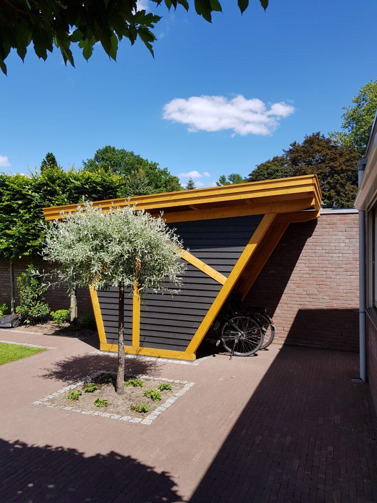 maatwerk fietsenstalling containerunit zakelijke tuin ondernemers tuin bedrijven tuin Ysselsteyn Sfeerimpressie