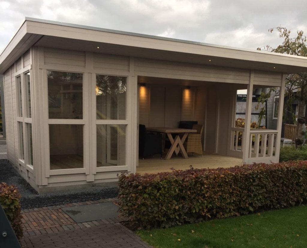 Tuinhuis binneruimte Inspiratie sfeertuinShowtuin Tuin Terras Ysselsteyn Limburg Venray Nijmegen Helmond Roermond Sittard Eindhoven