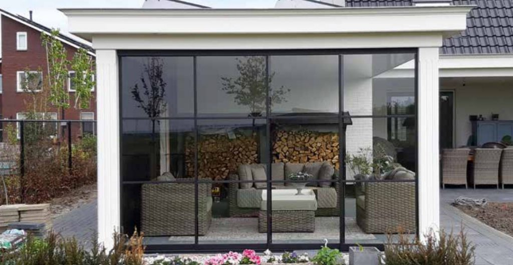 Tuinhuizen: tuinhuis veranda overkapping blokhut buitenverblijf terrasoverkapping kapschuur terras trends douglas hout