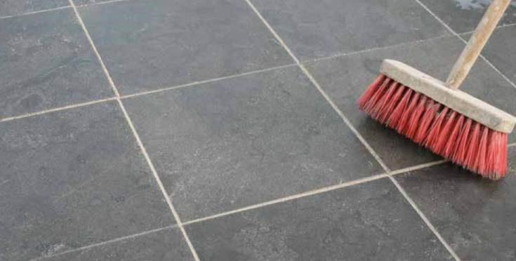 keramische tegels onderhoudsproducten tuin terras reiniging reinigers verwijderaar aanslag impregneer bestrating steenreiniger