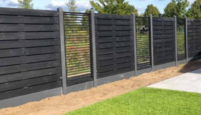 Schutting omheining hek omrastering omtuining schutsel tuinscherm tuinplaten poorten
